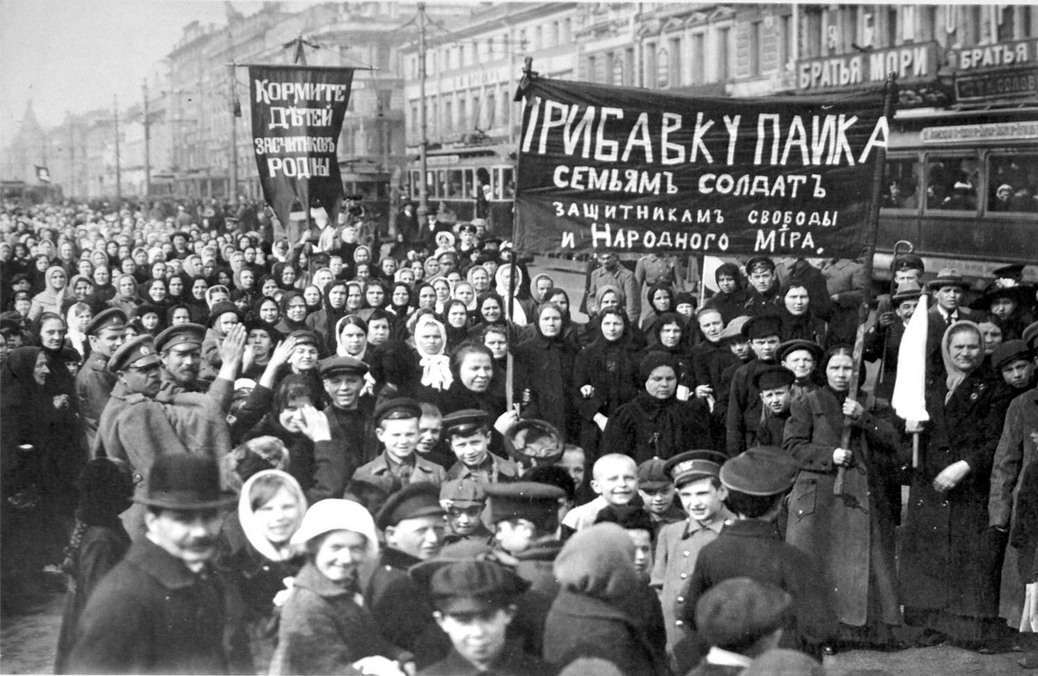Οι γυναίκες και η επανάσταση. Της Εύης Πάτκου