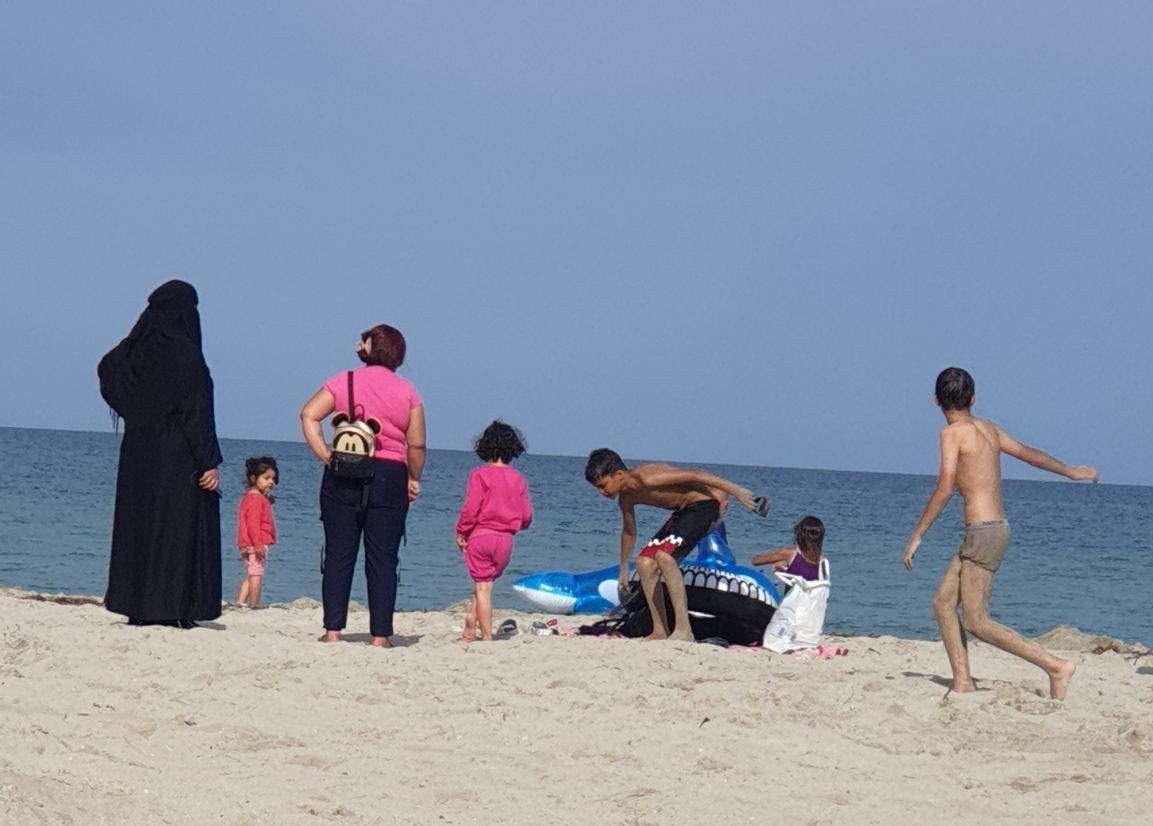 Επιμελητήριο Πιερίας: Δεν είμαστε ρατσιστές αλλά… δεν θέλουμε πρόσφυγες στην παραλία μας