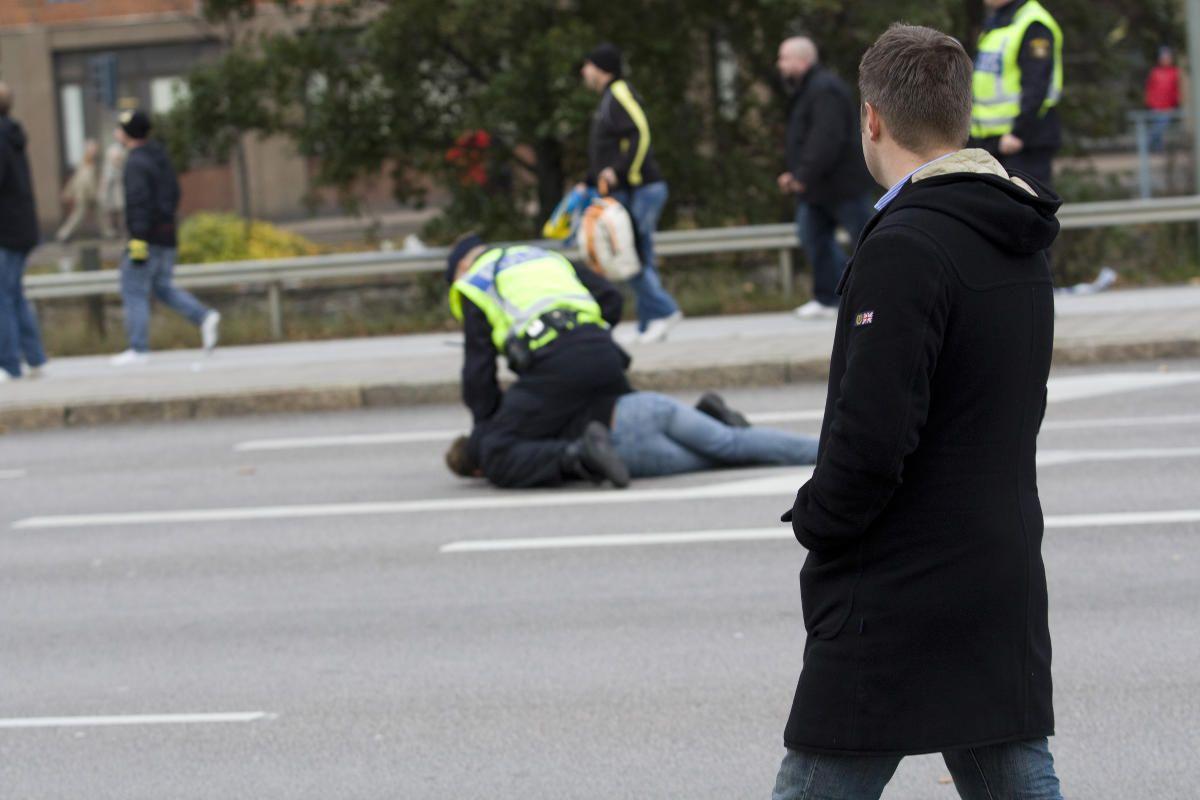 Αναφορά της ΕΕΔΑ στον Συνήγορο του Πολίτη για τα περιστατικά αστυνομικής αυθαιρεσίας