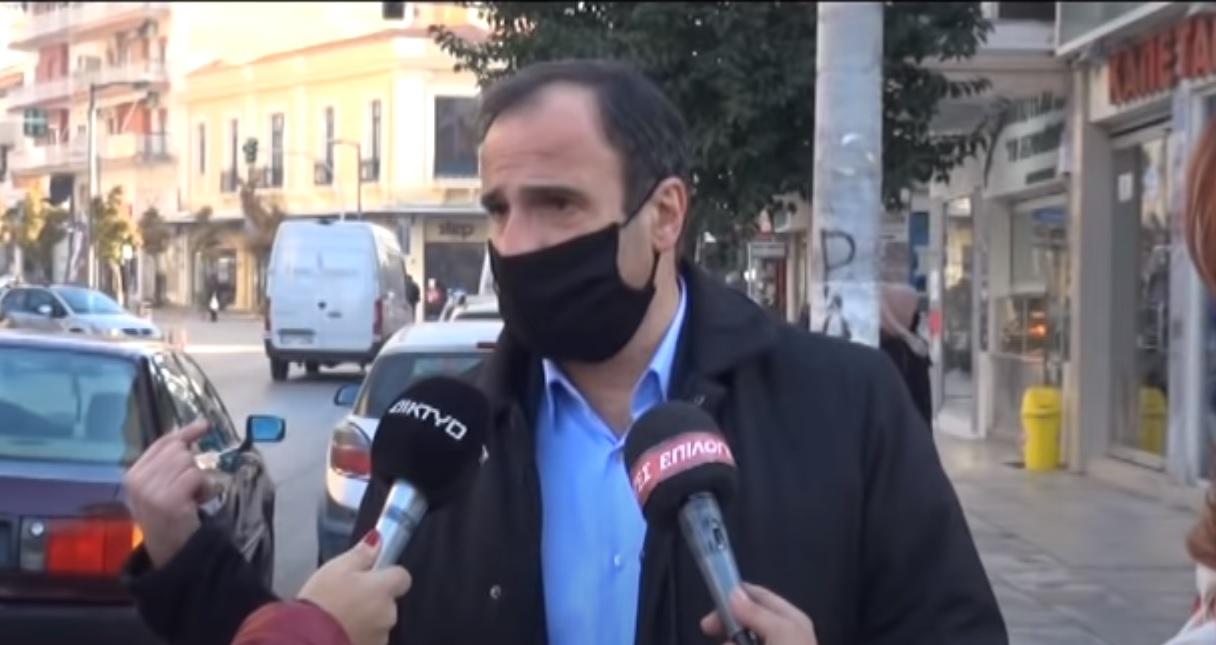 Ο δήμαρχος Σερρών ενώ ποιεί την νήσσαν για την πανδημία, υποδεικνύει ως ενόχους τους… πρόσφυγες στο Κλειδί