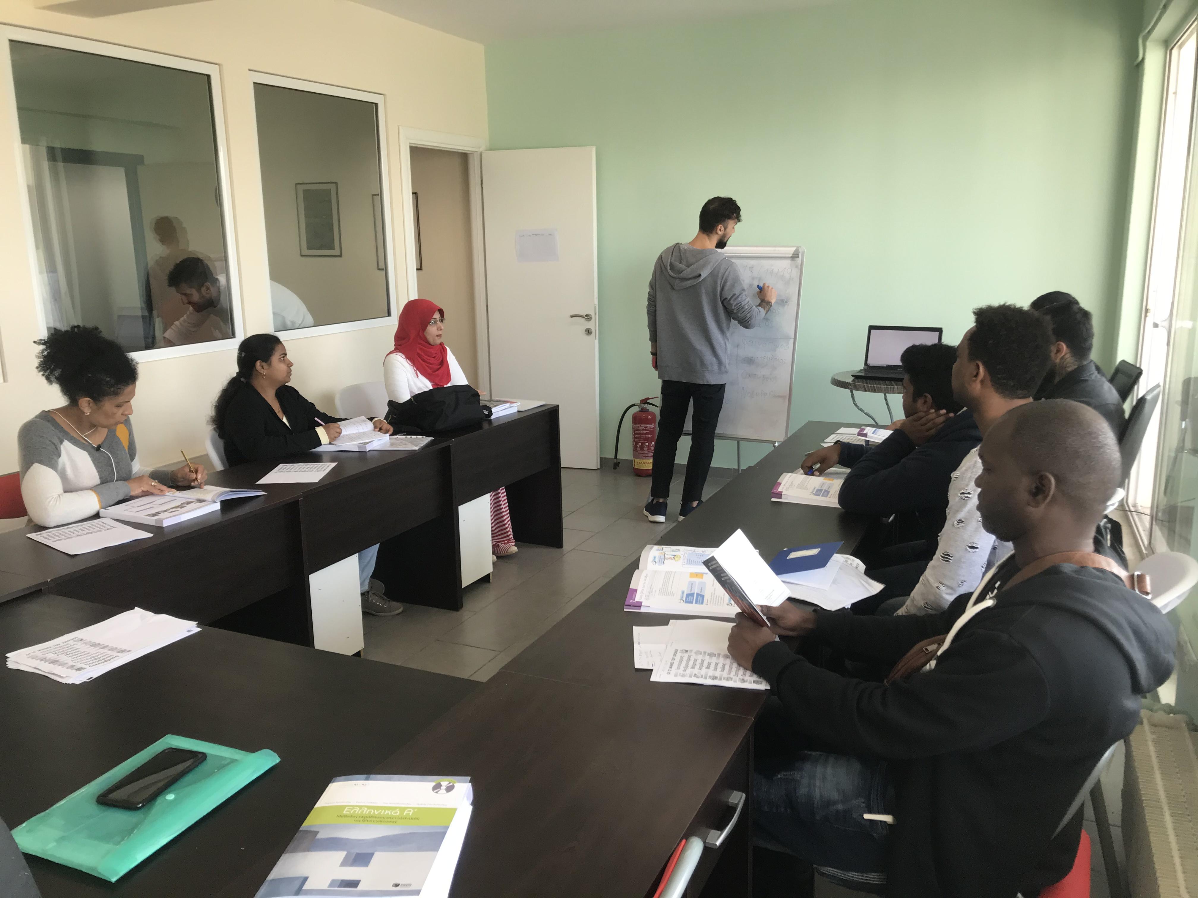 Γιορτή αποφοίτησης για πρόσφυγες  που μαθαίνουν ελληνικά
