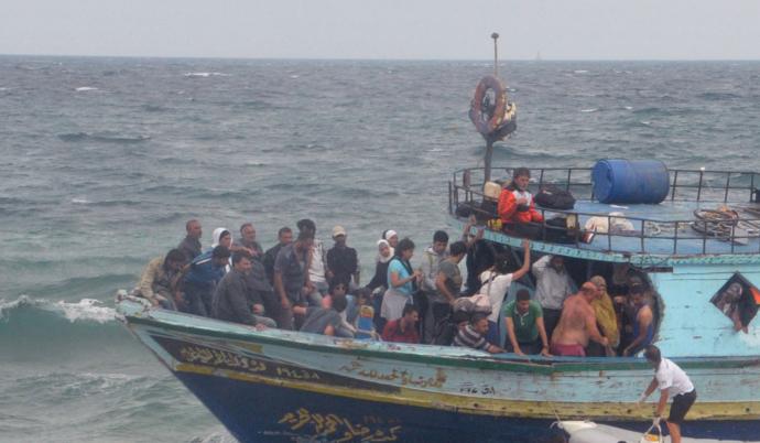 Διάσωση περίπου 1.000 μεταναστών και προσφύγων στα ανοικτά των ακτών της Λιβύης
