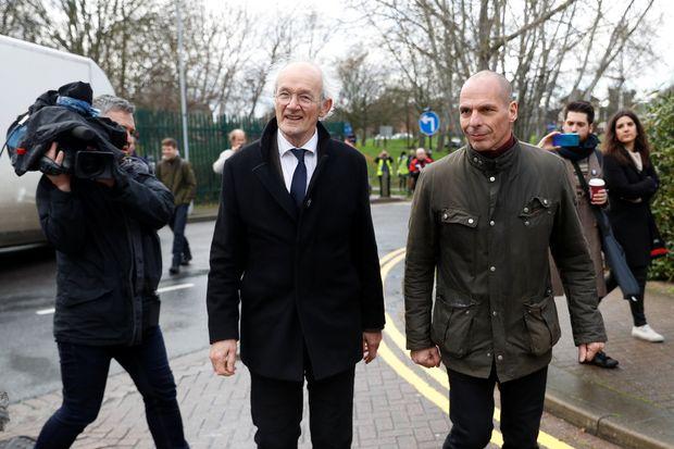 Γ. Βαρουφάκης: «To μόνο έγκλημα που έκανε ο Τζούλιαν Αζάνζ είναι η Δημοσιογραφία»
