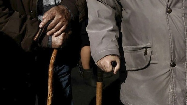 «Σιωπηλοί θάνατοι» από την κορονοϊό στους βρετανικούς οίκους ευγηρίας