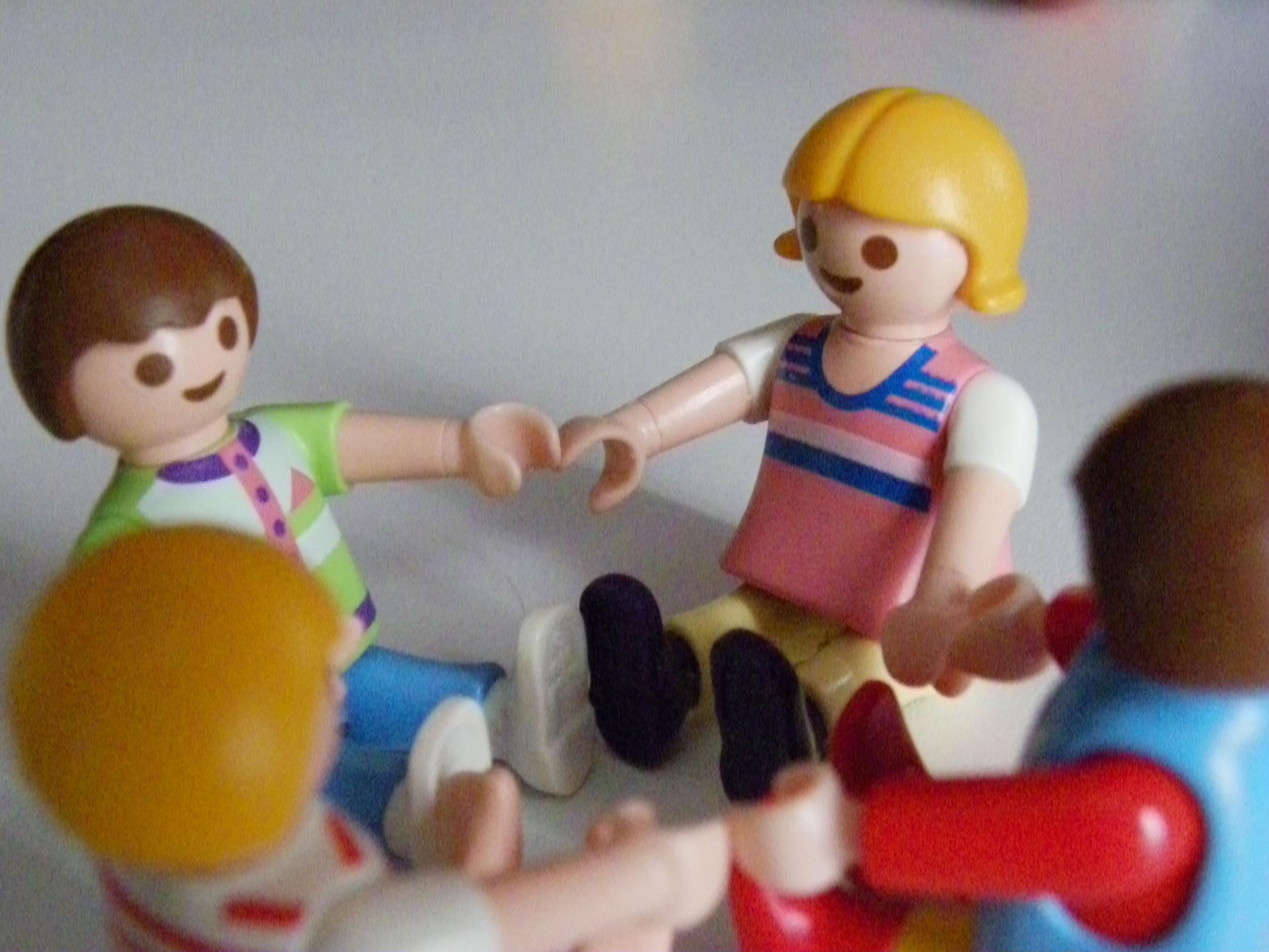 Θα αγοράσετε κούκλα στο αγοράκι σας;