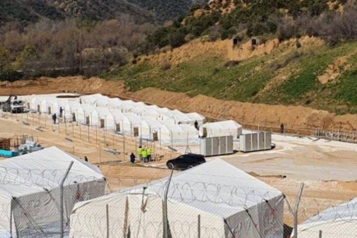 Παλινωδίες της κυβέρνησης σε βάρος των προσφύγων