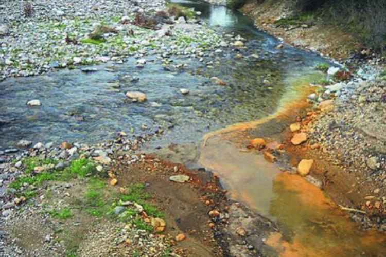 Παρασύρθηκαν τοξικά απόβλητα στη θάλασσα της Ολυμπιάδας;