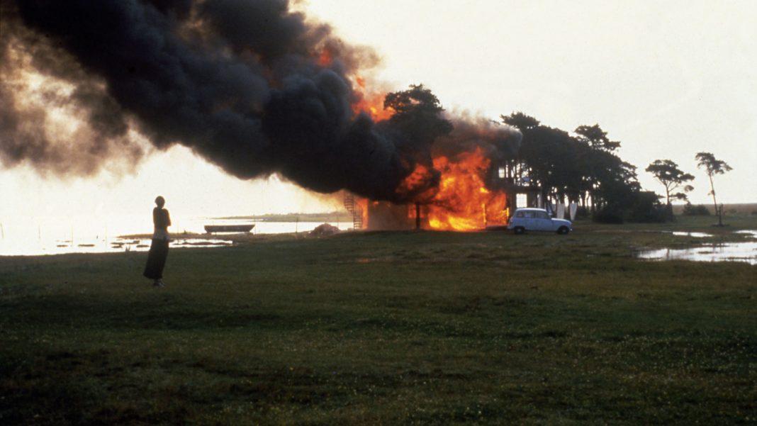 Όταν το σπίτι καίγεται. Του Τζόρτζιο Αγκάμπεν