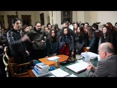 Διαμαρτυρία φοιτητών στην Πρυτανεία του ΕΚΠΑ